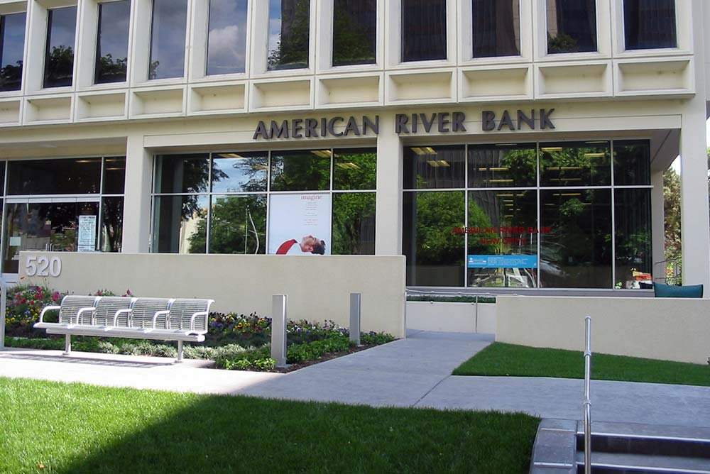 American_River_Bank_3